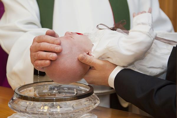 Pamiątka chrztu świętego - prezent dla dziewczynki