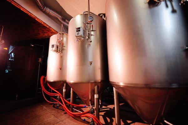 Jakie zbiorniki ciśnieniowe podlegają pod UDT?